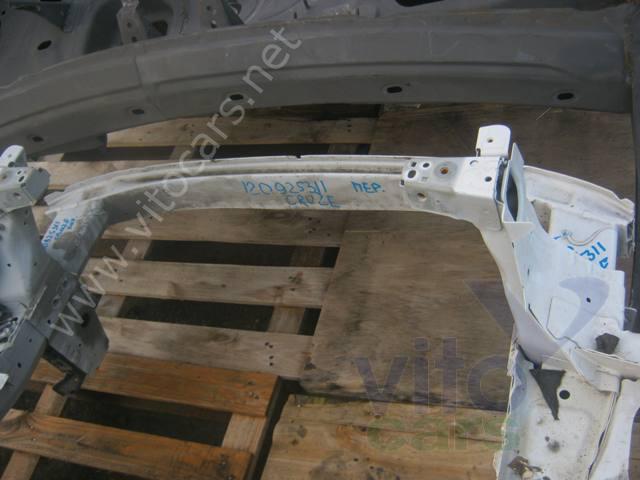 Усилитель бампера передний Chevrolet Cruze (с разборки) .