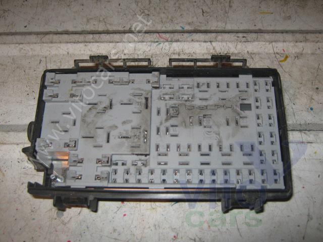 Блок предохранителей Opel Astra H (с разборки) .