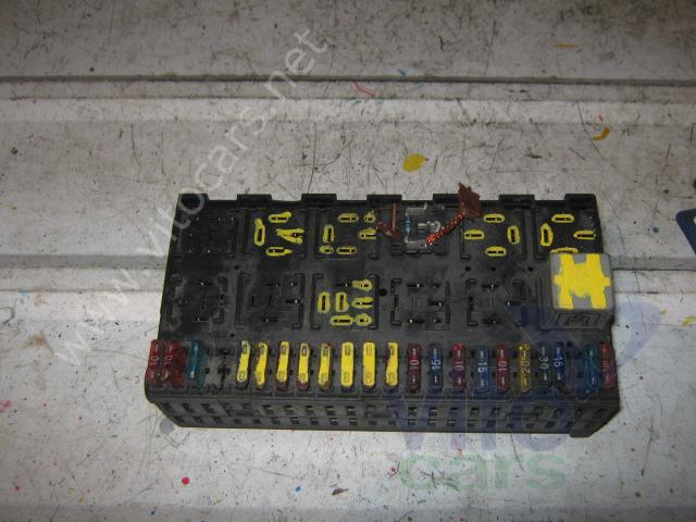 Блок предохранителей VOLKSWAGEN Passat B3 (с разборки) .