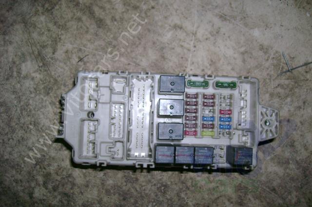 Блок предохранителей Mitsubishi Lancer 9 (с разборки) .