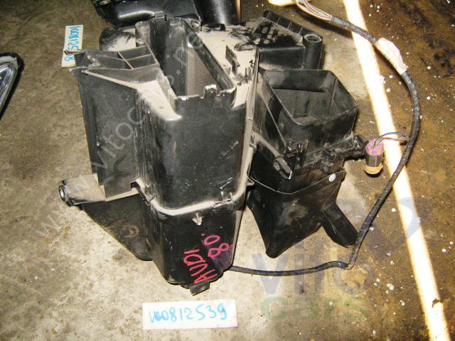 Корпус отопителя (корпус печки) (b Audi /b 80/90.