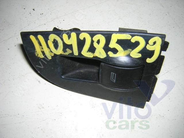 Кнопка стеклоподъемника Audi A6 (C4) (с разборки) .