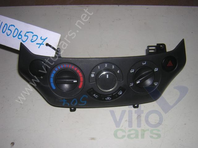 Chevrolet Aveo 2 (T250) Блок управления печкой б/у запчастина в